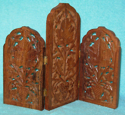 Antique 1940's Hand carved Wooden Asian Oriental Stand for Figurines Doll Houses