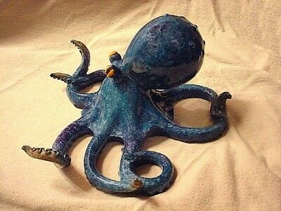 The Cutes little Blue OCTOPUS ~  You'll ever SEE! .... Statue  Figurine