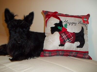 Scottish Terrier Scottie Scotty Christmas Pillow NEW  ADORABLE Only One Left!