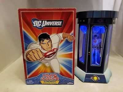 """Dc Universe Young Justice 3.75"""" Superboy In Cloning Chamber"""