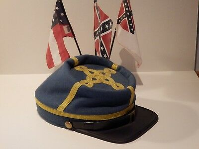 American Civil War C.S.A (Reproduction) Officer Hat & Small Desk Top  CSA Flags