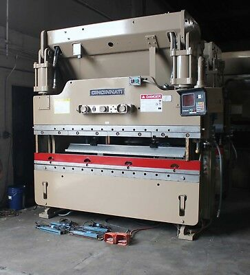 90 Ton x 8' Cincinnati CNC Hydraulic Press Brake 2 Axis CNC Hurco Metal Bender