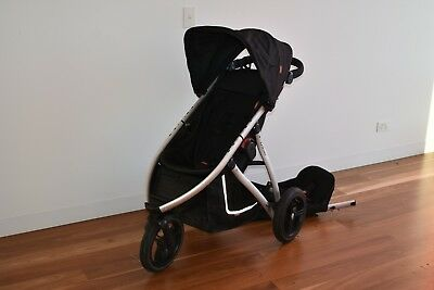 Phil and Teds Vibe 3 wheel double pram with accessories