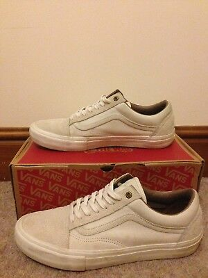 2576be52cc VANS X PASSPORT Old Skool Pro Size UK 10 - £44.99