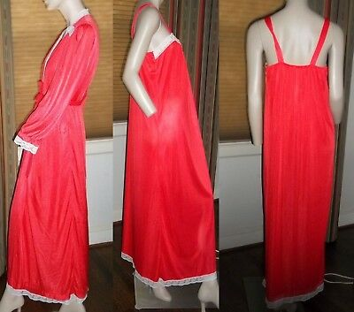 J C Penney Junior 13 Peignoir Nightgown Long Sleeve Robe Set Red w Lace