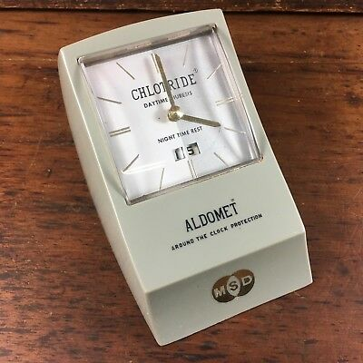 VINTAGE c.1950's 'CHLOTRIDE' PHARMACEUTICAL SMITHS ADVERTISING DESK CLOCK MERCK