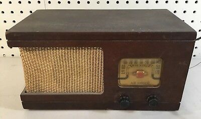 Vintage Air Knight Classic Old Antique Am Tube Radio Rare Wood Cabinet