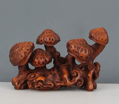 Chinese Exquisite Hand-carved mushroom carving Boxwood statue