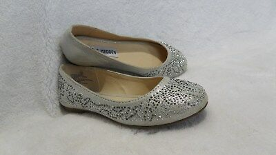 82d70a8847d STEVE MADDEN Youth Girls Kids Silver Studded Flats Ballet Shoes size 12