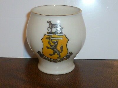 WH GOSS Crested China Model of The Famous Colchester Vase. Crest of Beddgelert