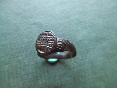 MEDIEVAL BRITAIN.  BRONZE SEAL RING.   14th/15th CENTURY  SUPERB CONDITION.