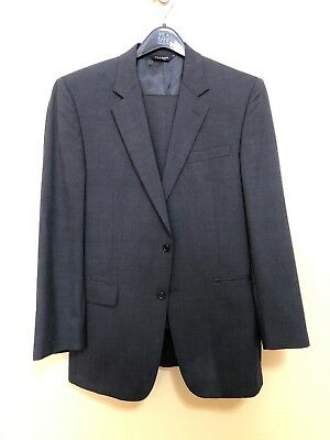 Men's Jos. A. Bank Collection Suit Size 42L Black In Very Good Condition.