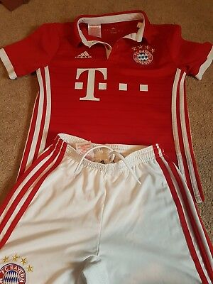 Bayern Munich Football Kit Aged 9-10