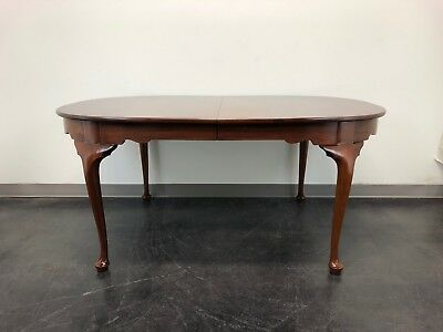 HENKEL HARRIS Solid Mahogany Queen Anne Dining Table 2211 Finish 29