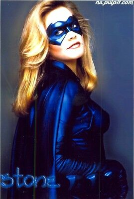 "Alicia Silverstone - As ""batgirl"" !!!!"