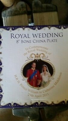 Royal Crest - Commemorative Royal Wedding William & Catherine Blue Plate 20cm