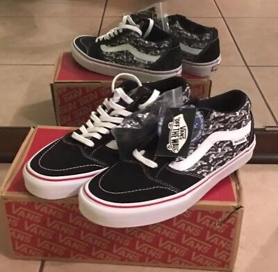 13d8ffda81bf60 VANS TNT SG (ANTI HERO) Black And White Mens 10.5  New Condition w ...