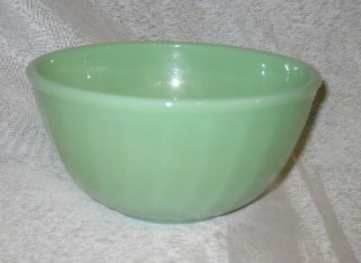 Small Vintage Anchor Hocking Fire King Jadeite Glass Swirl Patterned Mixing Bowl