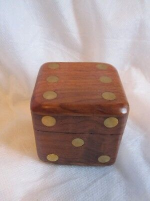 Wood and brass dice box with 6 dice