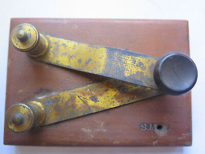 MORSE CODE KEY ONLY, MARKED S.M. on WOODEN (PINE) BASE c1910s PICKER FIND