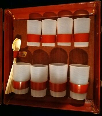 Vintage Portable Travel Bar Cocktail Set Hard Case Cups Easy Carry On Retro