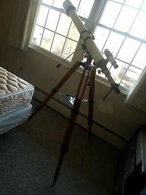 Vintage Royal Tokyo D - 76 Mm  Telescope With Tripod f=1200mm