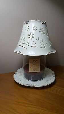 Yankee Candle Shade And Plate .Christmas design .cream with gold colour trim.