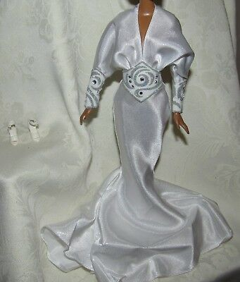 Barbie Celebrity Diana Ross Bob Mackie White Silver Gown Dress & Shoes For Doll