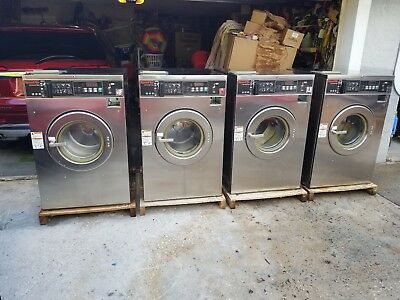 Speed Queen Commercial Front Load Washer SC50EC 3PH 30 Lb Reconditioned