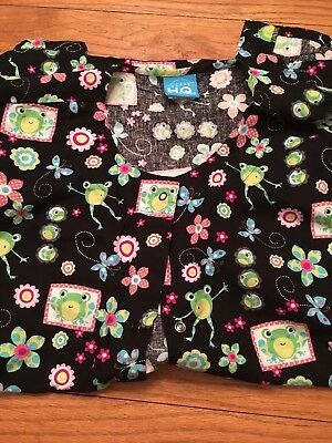 Scrub HQ Long Sleeve Frogs Large Black And Green Button Front