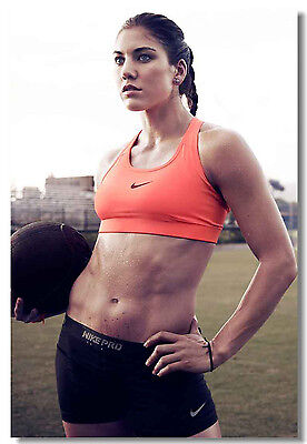 Hope Solo Women/'s Soccer Football Star Art Wall Cloth Poster Print  504