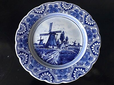 Delft blue handpainted wall hanging plate from Holland