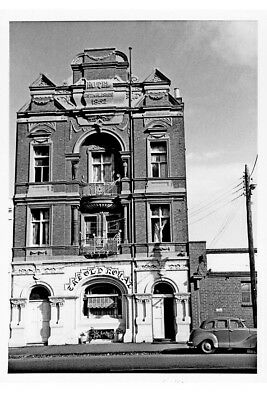 WILLIAMSTOWN Old Royal Hotel Nelson Place 1962 modern digital Postcard