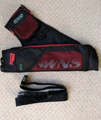 WNS Winners S-300 Archery Quiver with Belt