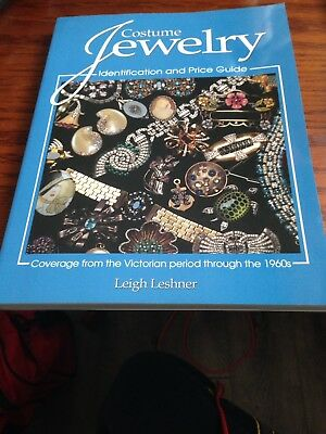 Costume Jewelry : A Price and Identification Guide by Leigh Leshner (2004,...