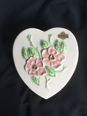 Vintage Hull Art Rosella Heart w/ Pink Flowers Wall Pocket-With Stickers