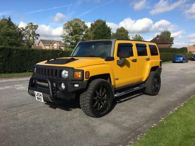 Hummer H3 - American Monster Truck - Fully loaded - Low Mileage