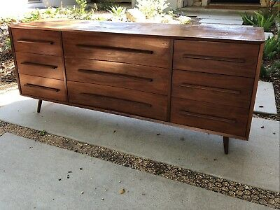 Rare Vintage Widdicomb Bedroom Dresser in the Style of George Nakashima