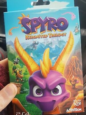 Spyro The Dragon Preorder Keyring And Art Cards collectors