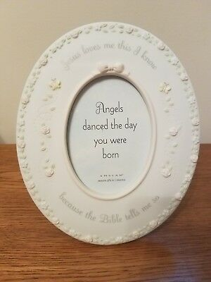 oval porcelain picture frame, baby girl colors, for 3.5 x 5 vertical photo