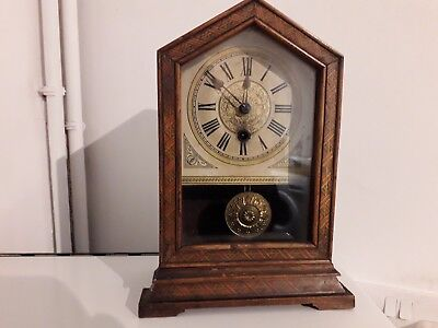Old Hac Clock With Key ( Not Working )