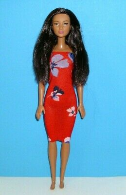 %*Hand-Arm-Bein-Fuss-Brust-Gelenk Barbie Made To Move Fashionistas Puppe, Asia*%