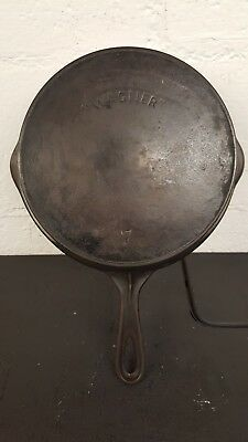 """Wagner"" #7 Cast Iron Skillet Thin Wall 1892-1898 Antique Vintage"