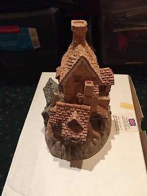 "David Winter Cottages ""The House on Top"" 1982 From The Main Collection EUC"