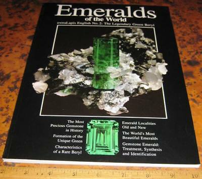 extraLAPIS ENGLISH NO 2 EMERALDS OF THE WORLD 2002 Mineralogy Unique Green Beryl