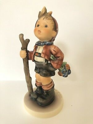 Hummel Figurine Country Suitor #760 Tmk 7 Mint Condition Club Exclusive 1995/96