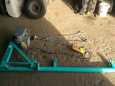 Imer TR225 Scaffold Hoist/winch 200kg, 110volt, Complete With Barrow Chains.
