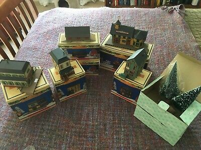 Enesco: Pine Hollow Various Sets, Great condition, in Box.