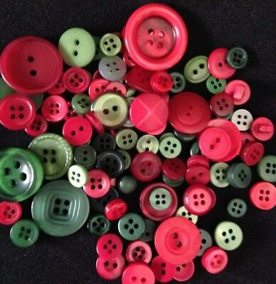 100 Red & Green / Christmas Resin Buttons - Sewing, Craft, Scrapbooking