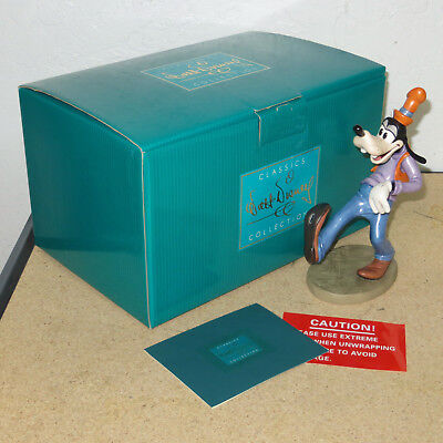 "Disney WDCC ""Goofy Moving Day"" 9"" Figurine with COA and Box"